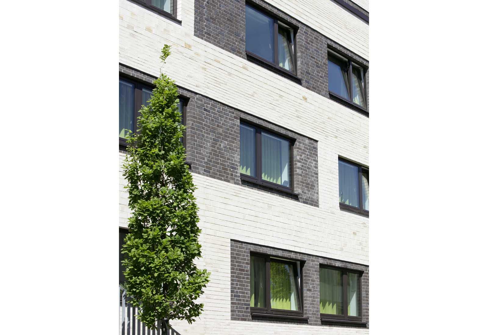 Architekt Bonn Studierendenwohnheim Drususstraße - Neubau von 73 Studierendenapartments in Bonn-Castell, Bodendenkmal, KfW-55 - Koenigs Rütter Architekten