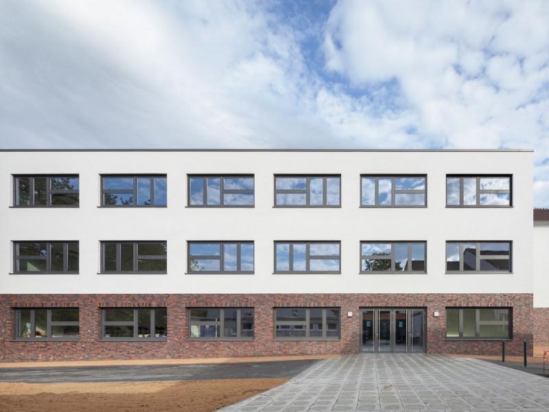 Koenigs und Rütter - Neubau Friedrich- List- Berufskolleg, Bonn