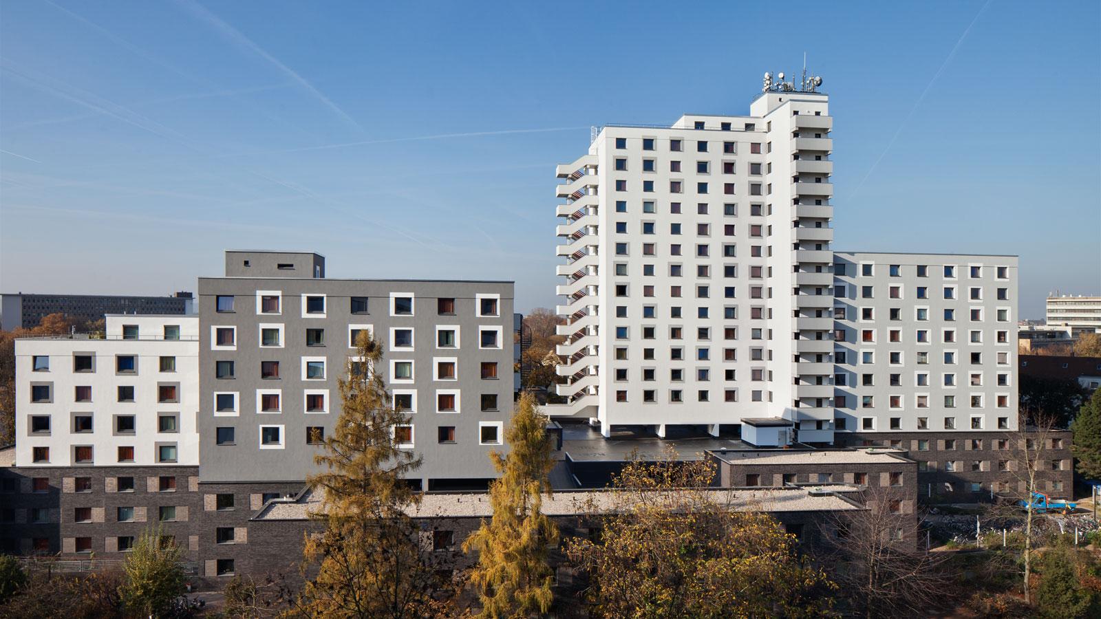Studierendenwohnheim Römerlager - Schadstoffsanierung, energetische Sanierung, WDVS, Klinkerfassade - Koenigs Rütter Architekten Bonn