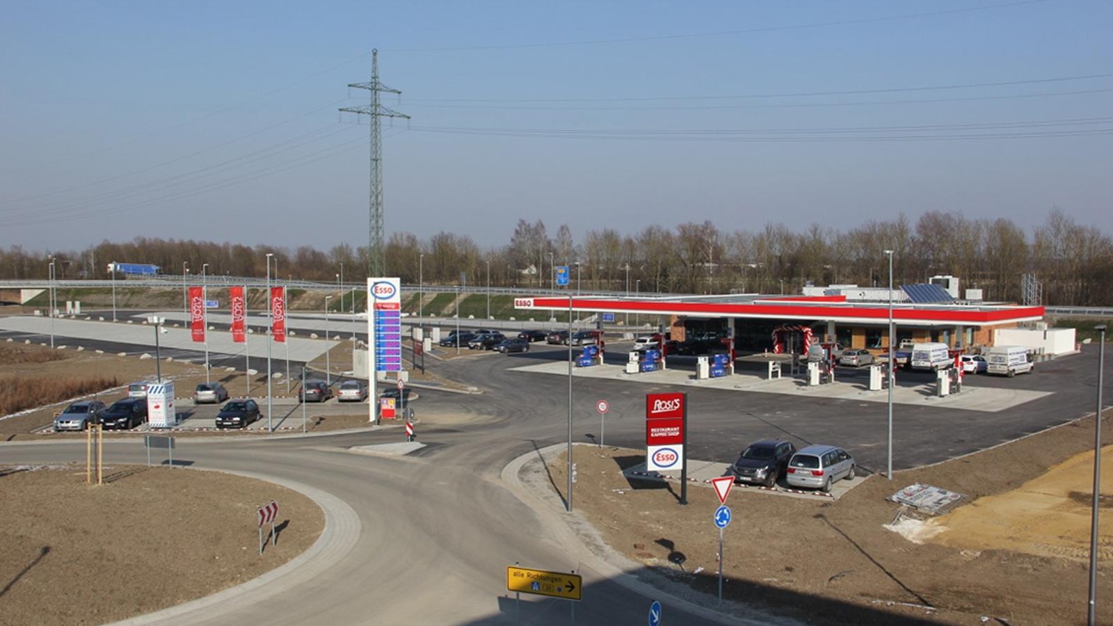 Autohof Tankstelle Pilsting , Architekt Bonn