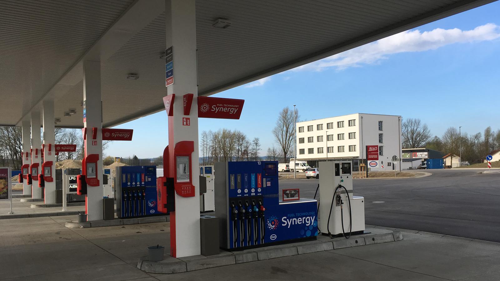 Autohof Tankstelle Pilsting, Koenigs Rütter Architekten, Architekt Bonn