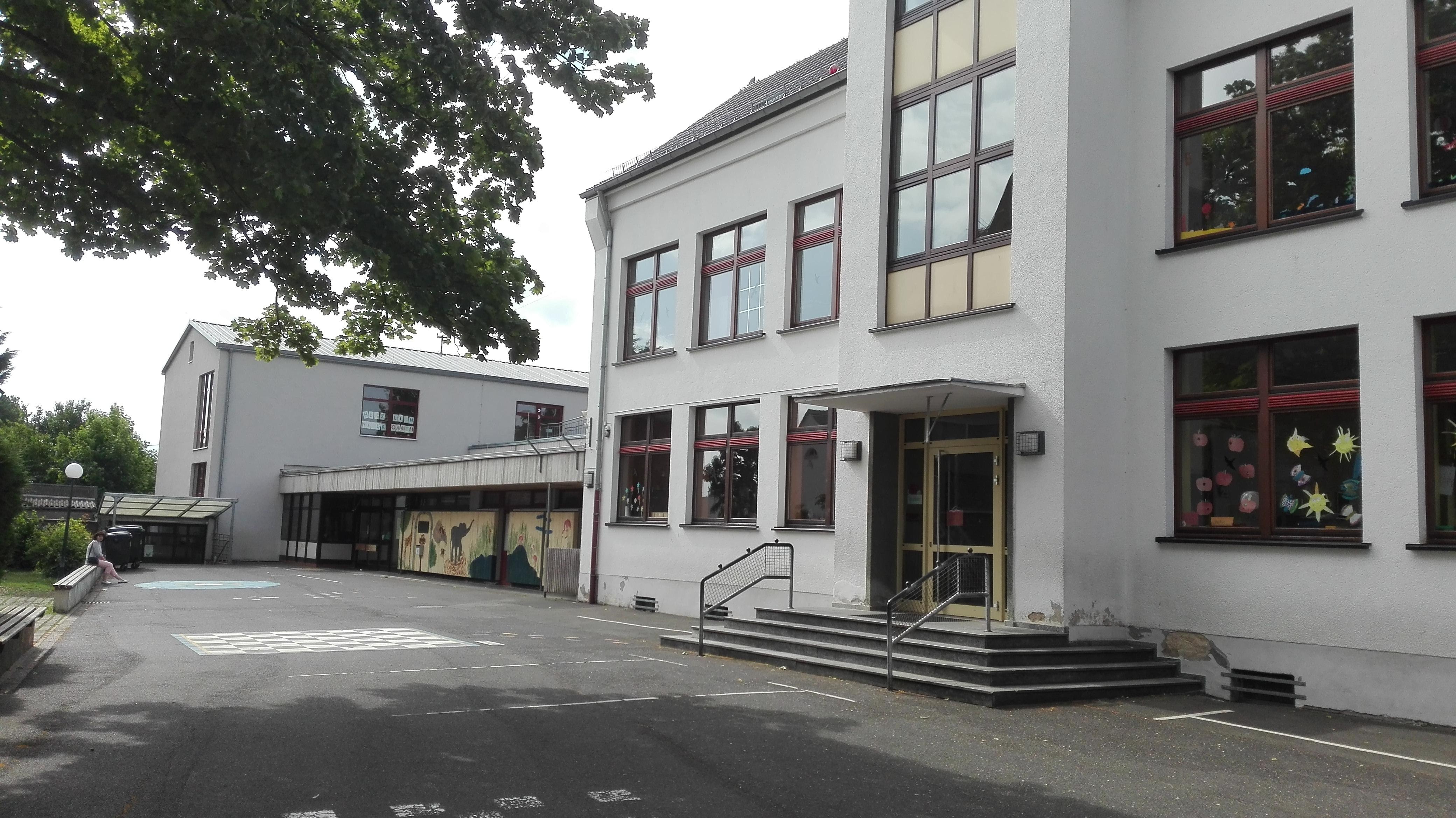 Architekt Bonn Umbau Grundschule am Zehnthof in Swisttal-Odendorf, Schulsanierung, Koenigs Rütter Architekten Bonn
